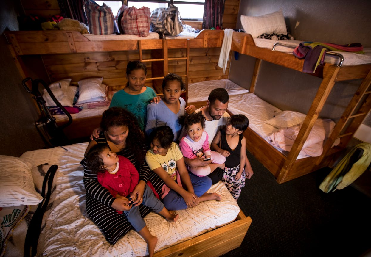 Ioane Vaelei, Shelley Asesela and their six daughters. The family was living in a one-room motel. Photo: Dean Purcell, New Zealand Herald.
