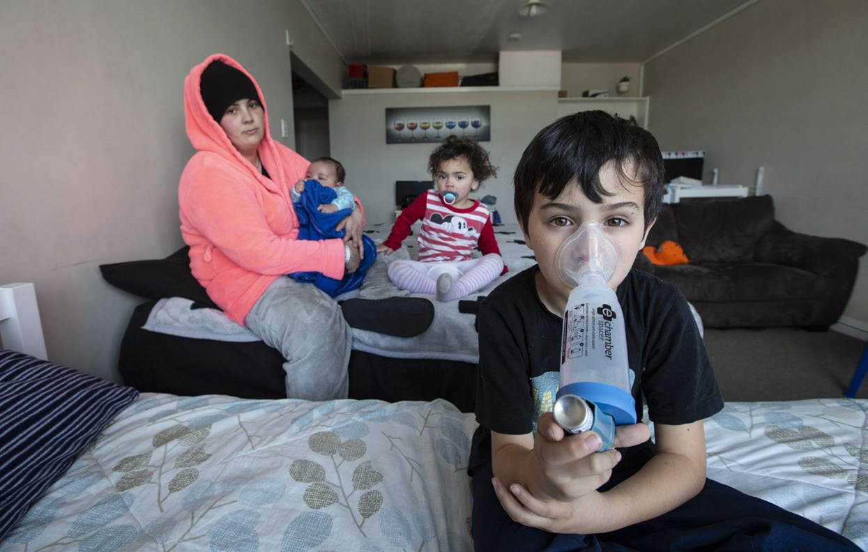 In 2018, April Cohen and her children were sleeping in the lounge due to the damp conditions of their Housing New Zealand flat. This caused Riley, aged 8, to have repeated asthma attacks. Photo: Ross Giblin/Stuff.